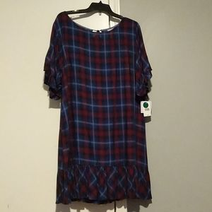 NWT💯 ViVI plaid dress with pleated bottom